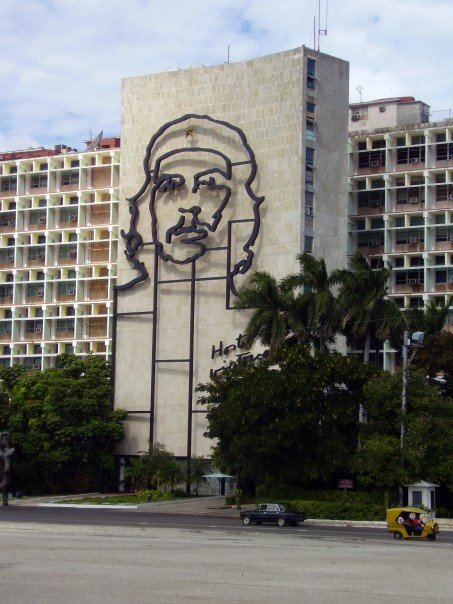 Caribbean Cruises - Che is Popular in Havana Cuba
