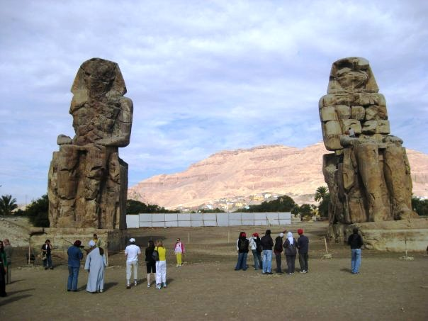 Crumbling statues Egypt Where Did Our Love Go? The Five Hour Rule
