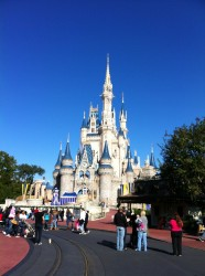 disney world 226618 1280 186x250 Were Going to Disney World!